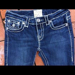MedWash Yarn Stitched LA IDOL Crystal Capri Jeans